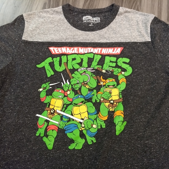Nickelodeon Other - NINJA TURTLES T-SHIRT 👕 TMNT Comic Cartoon Tee M